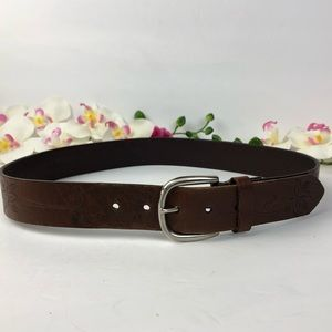 Retro inspired embroidered genuine leather belt M